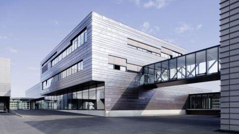 Unternehmensgebäude am Hauptsitz in Röbel/Müritz